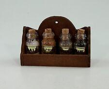Miniatur Gewürzregal für Puppenhaus. 1:12 mit Gewürze. 5,5x3,7 cm