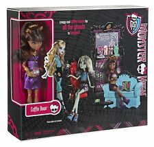 Monster High Coffin Bean Cafe House Play Set + Clawdeen Wolf Doll Figure NEW