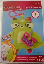 New AMERICAN GIRL Crafts Mini Animal Clip Kit Green Raccoon & Gardening Tool Bag
