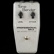 BRITISH PEDAL COMPANY VINTAGE PROFESSIONAL MKII OC81D TONE BENDER FUZZ PEDAL