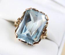 Cabochon Faceted Blue Topaz Gemstone Vintage Ring set in 14k Gold size 8.25