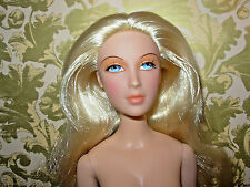 """Alexandra Fairchild """"Editor-In-Chief"""" Nude Doll ONLY MINT Long Blonde Hair"""