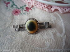 ANTIQUE VINTAGE STERLING SILVER OLD BAR BROOCH PIN CATS EYE OPERCULUM SHELL