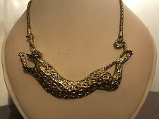 Animal Print Gold Plated Pendant Carved Design Thick Chain Chocker Necklace