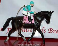 Breyer Holiday Creations Race Horse Series Ornament Zenyatta