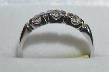second hand 18ct white gold three stone cubic zirconia ring size R 2.8g reduced