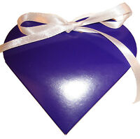 English Wedding Favours Heart style favour boxes heavily discounted + free post