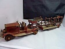 ANTIQUE Fire Truck Metal with 1 Fireman    Toy