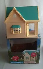 Sylvanian Families Boxed Applewood Cottage House Starter Hotel Family Apple Wood