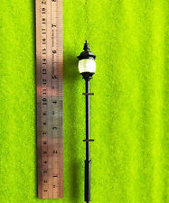 YMY1-17   1  Scale  1:32   4pcs Train Railway Lampposts Model Street Lights LEDs
