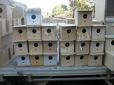 FINCH Breeding box nesting box