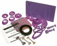 Wilton 2116-115 Gum Paste Flowers Cake Decorating Kit