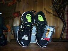 AVIA WOMENS RUNNING SHOES SIZE 7 WOMENS ATHLETIC CASUAL SPORTS SHOES GREEN BLACK