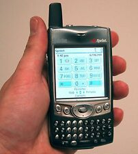 Palm-One Treo 600 Sprint-PCS PDA Wireless Cell Phone qwerty keyboard touchscreen