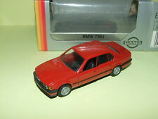 BMW 735 i Rouge GAMA