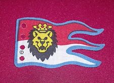 LEGO 6090 - Cloth Flag 8 x 5 Wave with Royal Knights Lion Head - Red / White