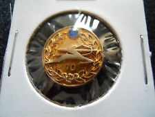 AIR INDIA AIRLINES VINTAGE AVIATION ADVERTISING EMPLOYEE SERVICE SHIRT PIN