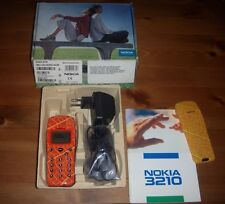 NOKIA 3210 AUTUMN LEAF LIMITED EDITION ESEMPLARE ORIGINALE + SCATOLA ACCESSORI
