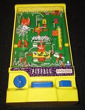 Vintage TOMY Pitfall Plazers 1990 Handheld battery operated Maze -Tested  RARE!!