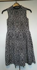 Cute Ladies Girls dress/long top black and white size 6 8 Summer