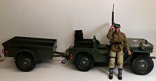 """Vintage Hasbro GI JOE Jeep 7000  w/ bonus figure - 1:6 scale / 12"""" USED"""
