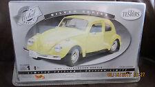 NEW, SEALED, Maisto Testors Volkswagen Beetle, 1:24, Pre-Painted Metal Model Kit
