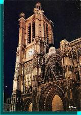 CPM - TROYES - La cattedrale Sant' paul vista da notte