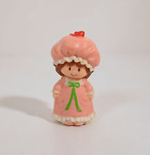 """Vintage 1981 Strawberry Shortcake in Night Gown PJ 2"""" PVC Plastic Action Figure"""