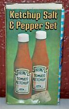 VINTAGE HEINZ PLASTIC PROMOTIONAL KETCHUP SALT & PEPPER SET SHAKERS ~NOS~ SP2