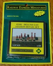 Railway Express Miniatures #2181 Deluxe Gas Station Detail Set (N Scale)