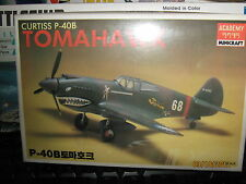 Academy Curtiss P-40B TOMAHAWK Fighter Plane-1/72 Scale-FREE SHIPPING