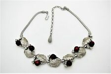 Wonderful Vtg Silver Tone Leaf Necklace w/Red Thermoset Plastic Berries