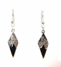 ELEGANT LADIES UNIQUE TRIANGULAR SILVER DARK PURPLE EARRING BRAND NEW (A15)