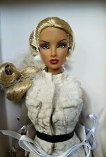 NRFB Natalia Fatale ELUSIVE CREATURE doll Integrity Fashion Royalty FR2