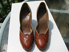 VINTAGE BROWN GENUINE ALLIGATOR LA PATTI DANETTES EXCLUSIVE PUMP SHOES SIZE 7 AA
