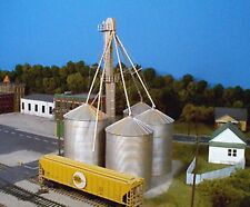 Rix Products  628-0407 – 90? Grain Elevator – HO Scale