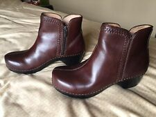 womens 38 Dansko brown leather zipper ankle boots clogs 7 7.5 8