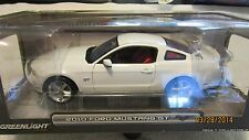 GREENLIGHT 1/18 SCALE  2010 FORD MUSTANG GT IN WHITE