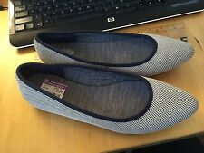 Dr Scholls Sz 9 Navy Blue White Ballet Flats, slip on shoes Really 2 EUC
