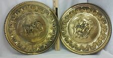 Vintage lot of 2 BRASS WALL HANGINGS ENGLAND PLATE FOX HUNTING FARM SCENE HORSE