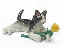 R265 - Northern Rose  - Kitten with Yellow Rose - RETIRED !!