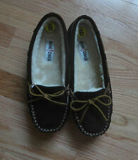 NEW Minnetonka Suede Moccasin Fur Lining 'Cally' Slippers. Chocolate. Size 9.