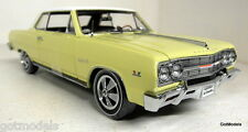 Ertl 1/18 Scale 39499 1965 Chevy Chevelle Malibu SS Z16 Yellow diecast model car
