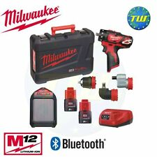 Milwaukee m12set2n-202c 12V 4 en 1 conducteur de forage interchangeables & haut-parleur 2x 2ah