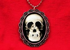 SKULL COUPLE KISS OPTICAL ILLUSION VINTAGE NECKLACE