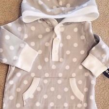 NEW! OLD NAVY 0-3 MONTH GRAY POLKA DOT HOODED OUTFIT ADORABLE