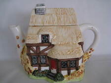 COLLECTIBLE CERAMIC TEAPOT COTTAGE HOUSE SHAPE WITH THATCHED ROOF DESIGN 6 INCH