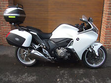 2010/10 Honda VFR1200 FD-A DCT with 11,900m in White