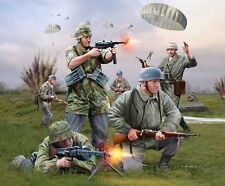Revell 1/72nd Scale Plastic WWII German Paratroopers Plastic Soldiers Set NEW!