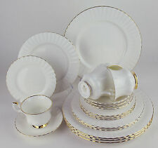 20 Piece Set - 4 x 5 Piece Place Settings Royal Albert VAL D'OR dor ENGLAND